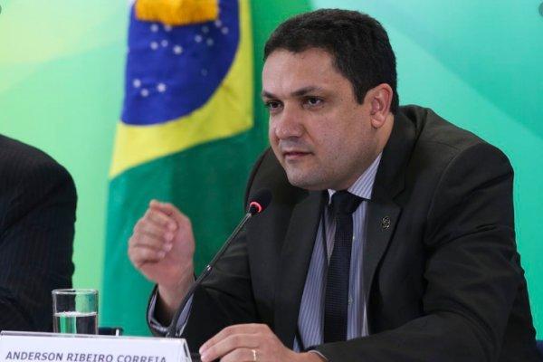 [Investimento aprovado pela Comissão da Câmara formará 135 mil novos professores no Brasil ]