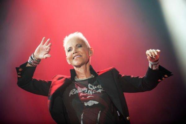 [Marie Fredriksson, cantora do Roxette, morre aos 61 anos]
