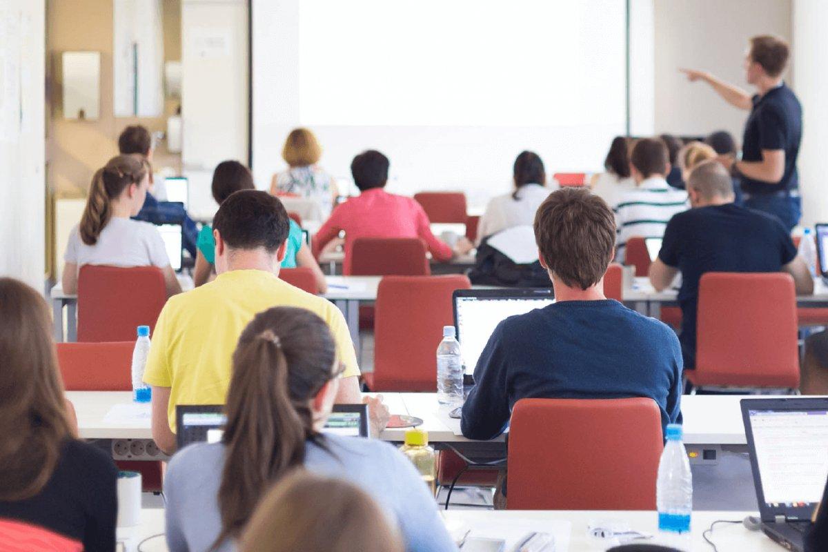 [Brasil e Reino Unido participam de seminário para formar parceria no ensino superior]