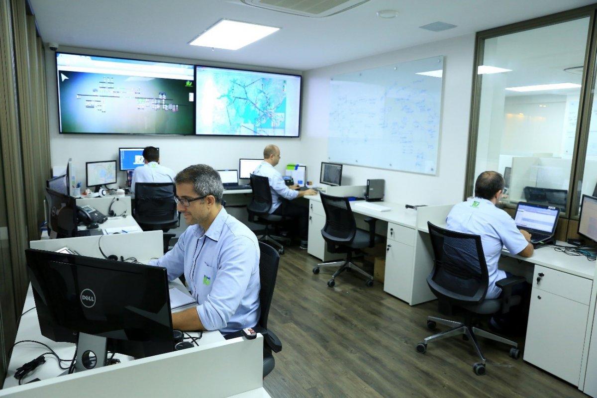 [Empresa investe 50 milhões de reais na expansão de fibra óptica na Bahia]