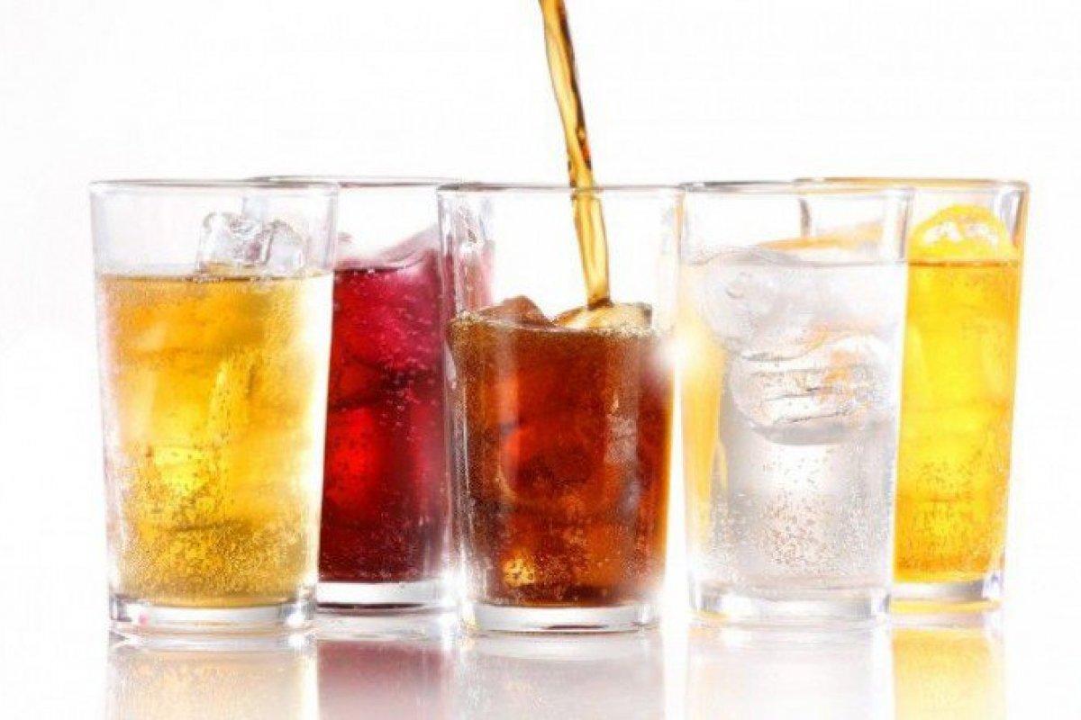 [Bebidas com alto teor de açúcar aumentam risco de câncer, diz estudo]