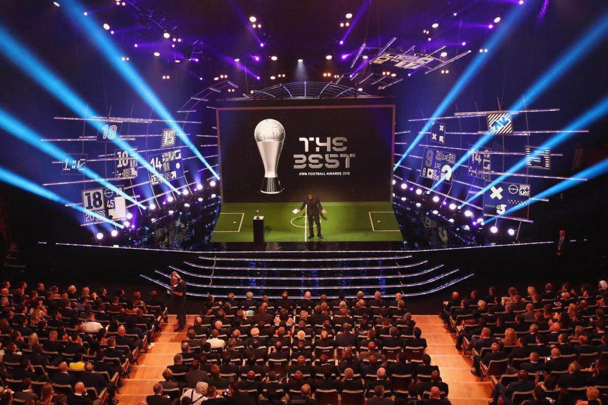 [Fifa afirma que entregará  prêmio de melhor do mundo em 2019/20]