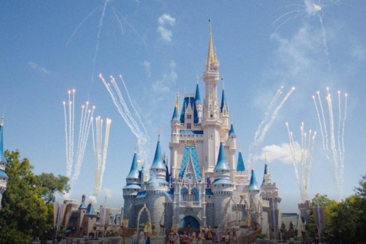 [Covid-19: Disney demite cerca de 28 mil funcionários]