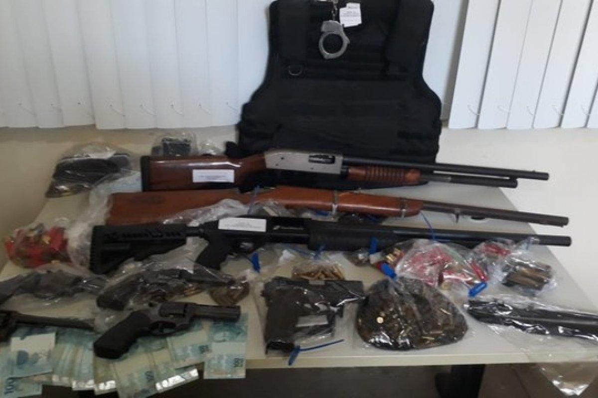 [Sargento da PM é preso na Bahia acusado de fazer parte de um grupo de extermínio]