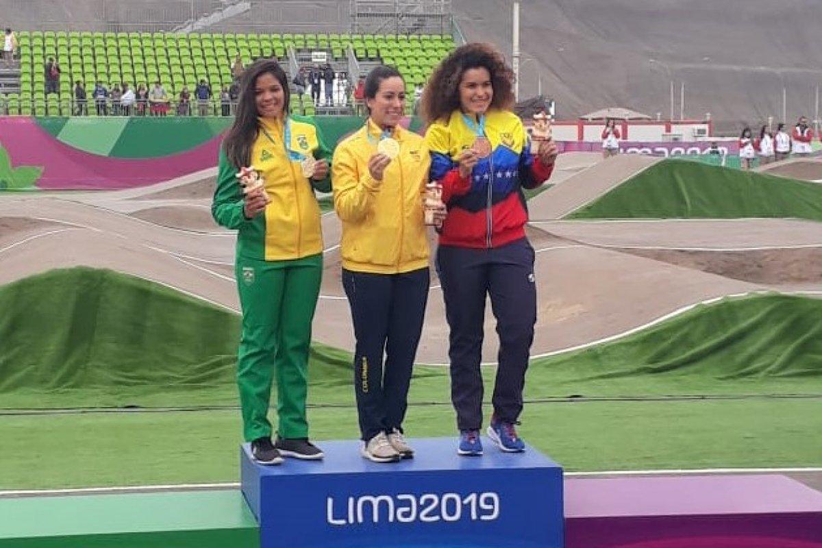 [Atleta baiana conquista medalha de prata em jogos Pan-Americanos do Peru]