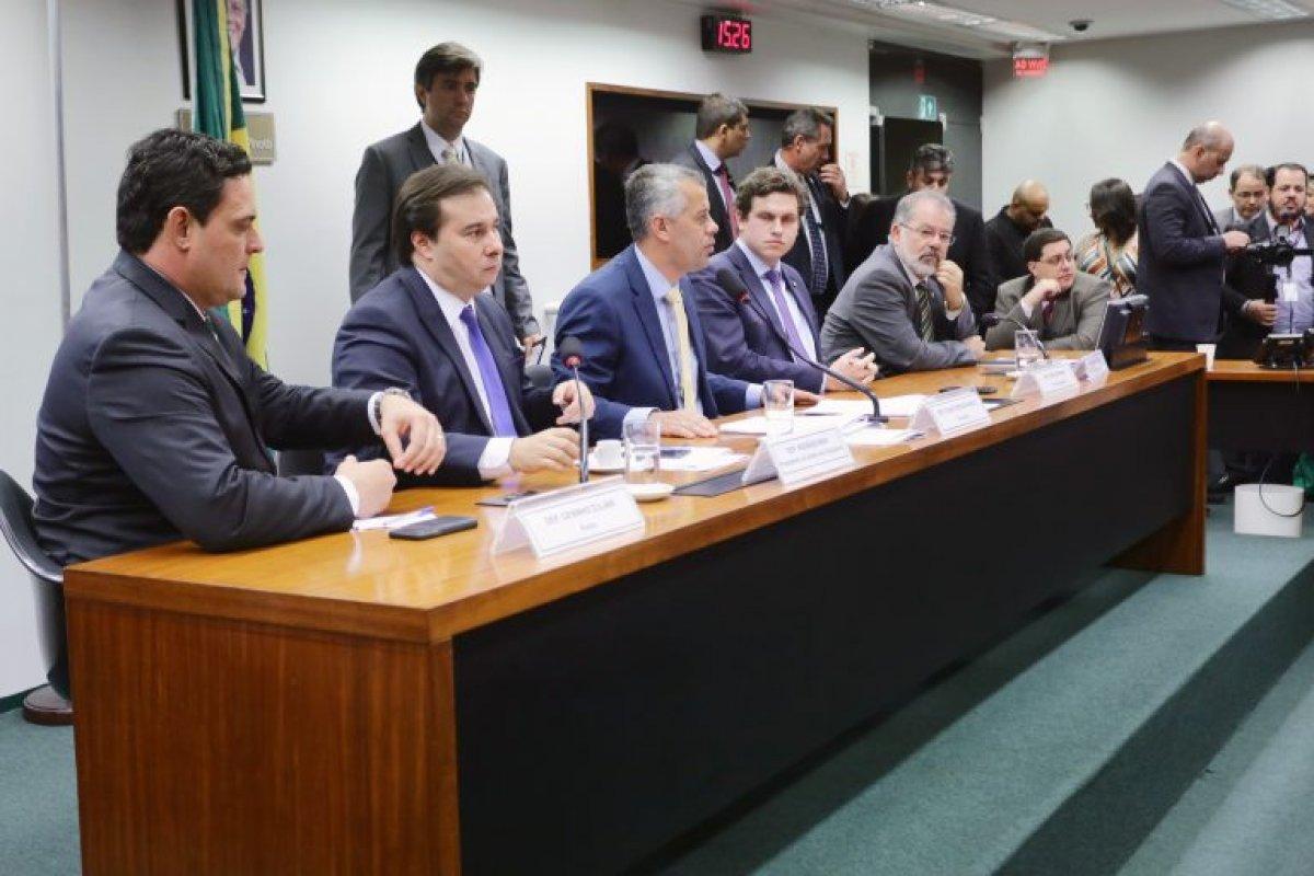 [Plenário pode votar nova Lei do Saneamento Básico em outubro ]