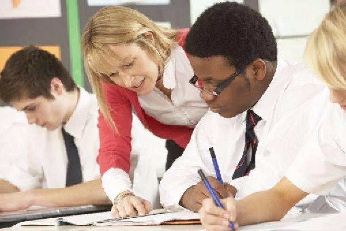 [Menos de 10% de alunos negros compõem as melhores escolas privadas do Brasil]