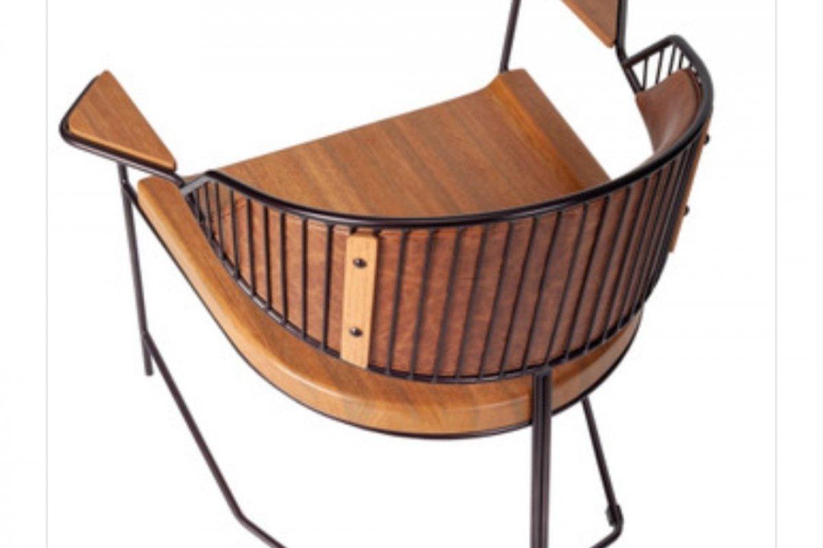 [Estilo Japandi está entre os destaques no mobiliário composto por poltronas, mesas de apoio, centro e de jantar]