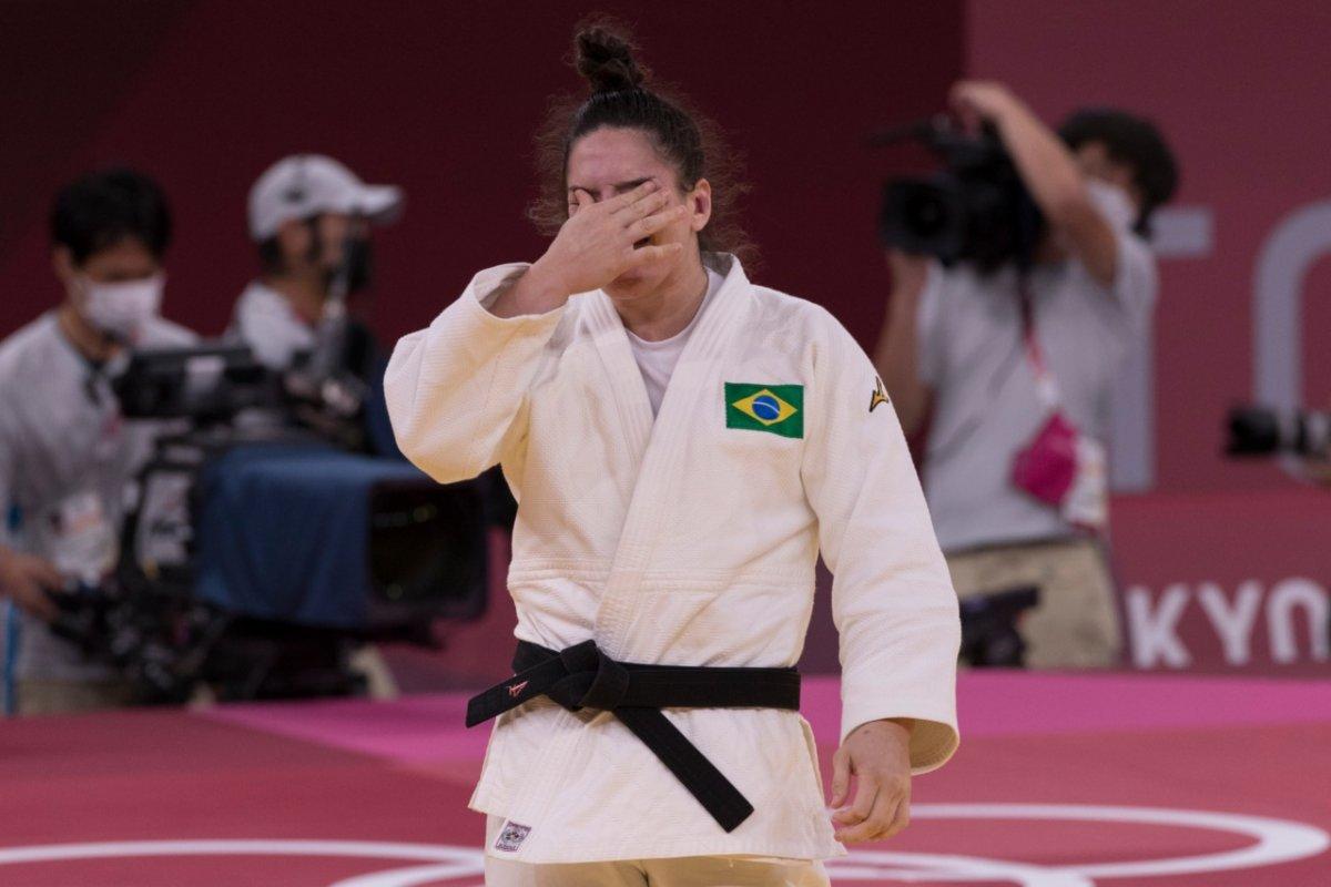 [Mayra Aguiar conquista medalha de bronze para o judô feminino nas Olimpíadas de Tóquio]