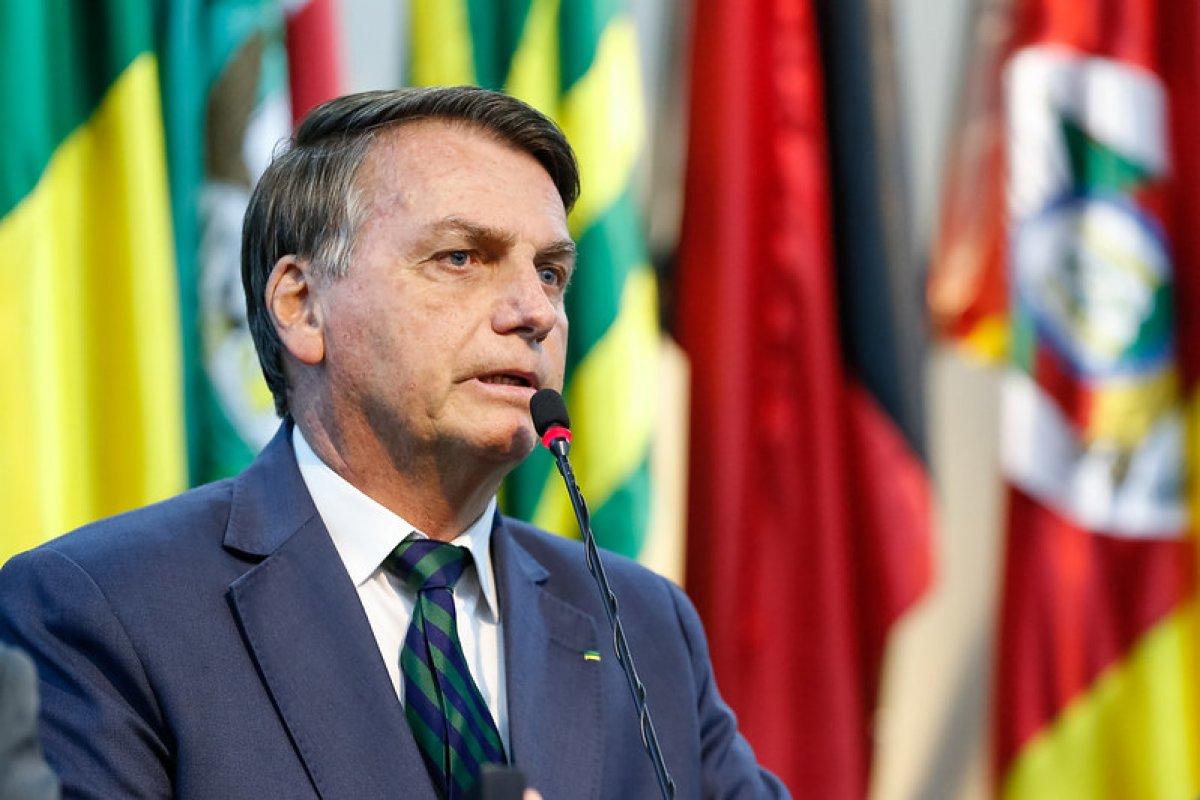 [Eleições: pesquisa aponta que governo Bolsonaro está estável nas intenções de voto ]